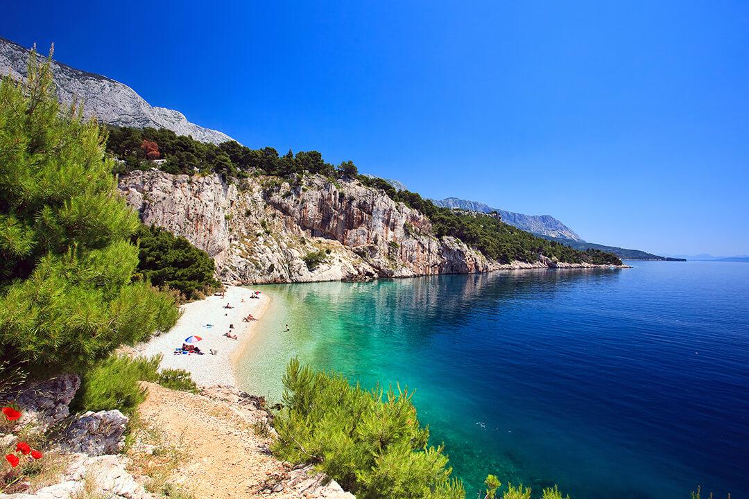 Jedna ze stovek nádherných pláží v Chorvatsku