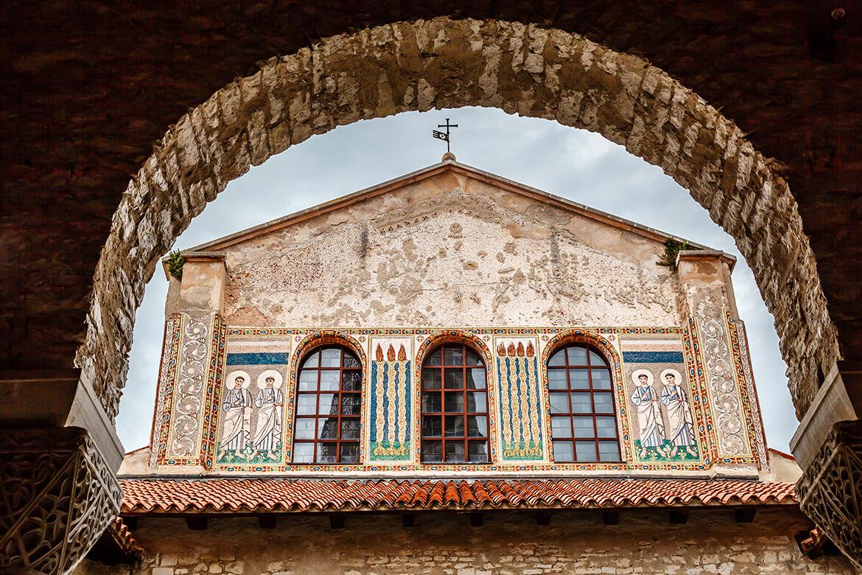 Eufraziova bazilika zdobená nádhernými freskami