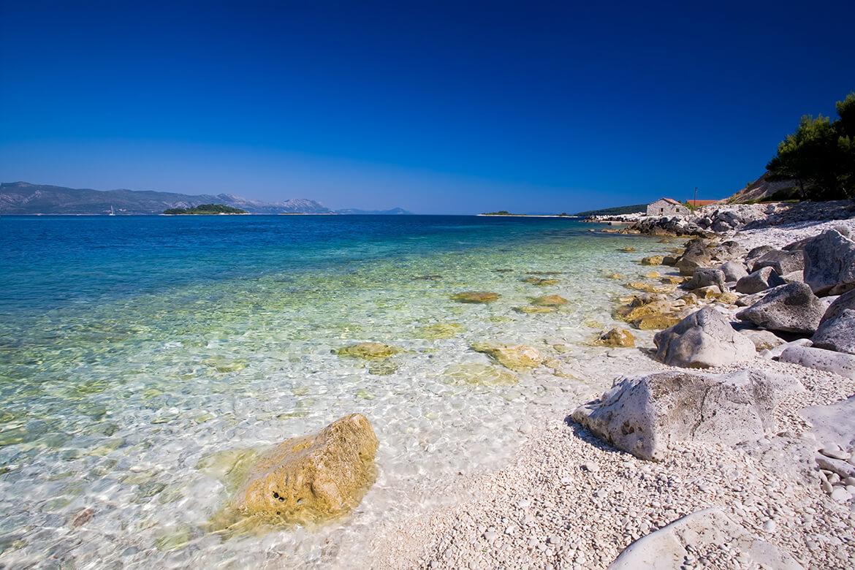 Jedna z pláží nedaleko Korčuly