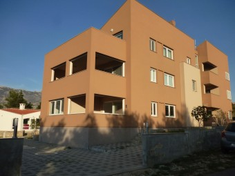 Apartmá Bašić- with seaview and 30 m from pebble beach