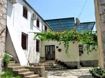 Dům Antun
