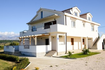 Apartmány Barbara-modernly furnished apartments near Zadar